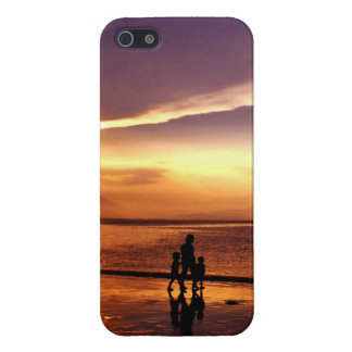 Walking on the Beach at Sunset iPhone 5 Case
