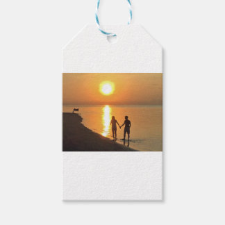 Walking on the beach gift tags