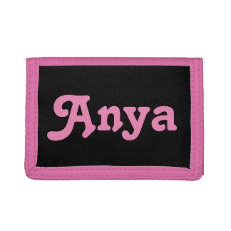 Wallet Anya