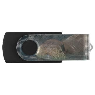 Walrus Face Swivel USB 2.0 Flash Drive