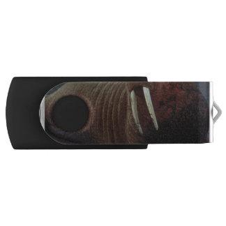 Walrus Swivel USB 2.0 Flash Drive