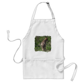 Wandering Red Wolf Standard Apron
