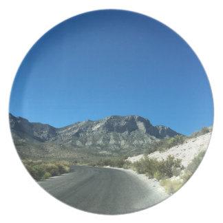 Warm desert days plate