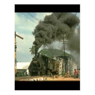 Washing dries on signal wires as B5132_Steam Train Postcard
