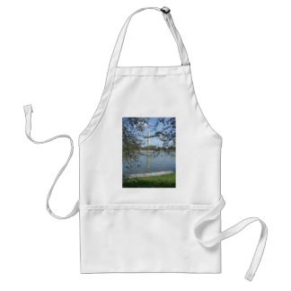 Washington Monument in Spring Standard Apron