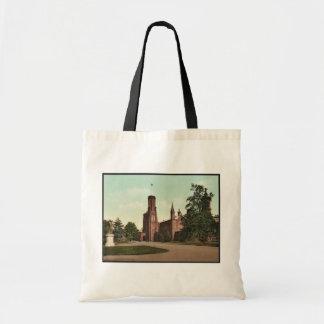 Washington. Smithsonian Institution classic Photoc Tote Bags