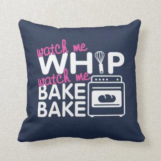 WATCH ME BAKE BAKE CUSHION