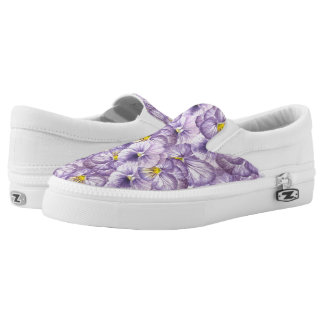 Watercolor floral pattern with violet pansies Slip-On shoes