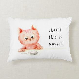 Watercolour: shock kitty Pillow