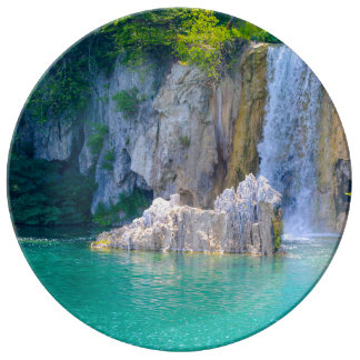 Waterfall in Plitvice National Park in Croatia Plate