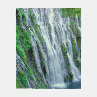 Waterfall scenic, California Fleece Blanket