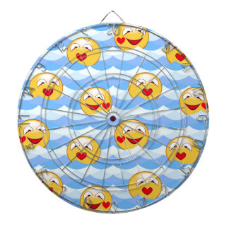 Wave smiley dartboard