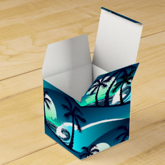 Waves and palm trees favour box