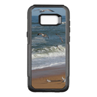 Waves Gently Rolling onto a Beach as Seagulls Soar OtterBox Commuter Samsung Galaxy S8+ Case