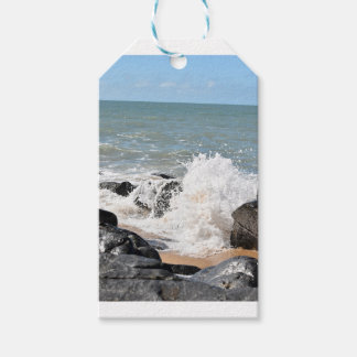 WAVES ON BEACH QUEENSLAND AUSTRALIA GIFT TAGS