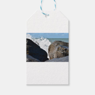 WAVES ON ROCKS QUEENSLAND AUSTRALIA GIFT TAGS