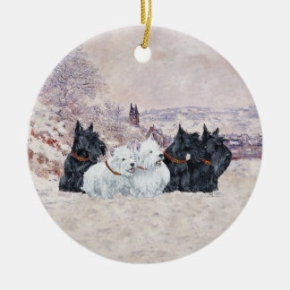 We Five Winter Round Ceramic Decoration