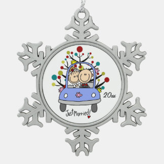 Wedding Couple in Car Christmas Snowflake Ornament