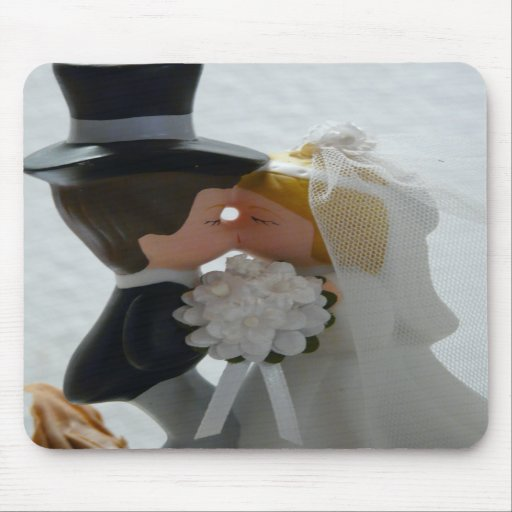 Wedding Figures Mouse Pad