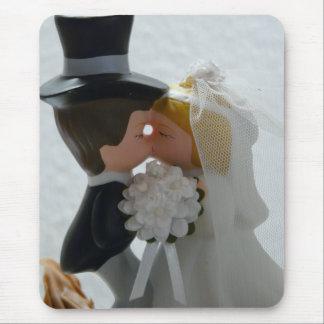 Wedding Figures Mouse Pad