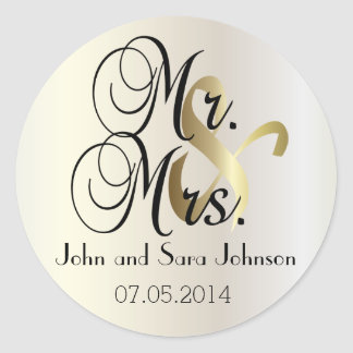 Wedding for the Mr & Mrs   Personalize Round Sticker