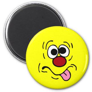 Weird Smiley Face Grumpey 6 Cm Round Magnet