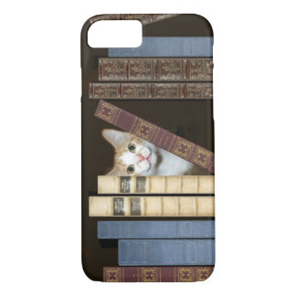 Well read kitty cat iPhone 7 case