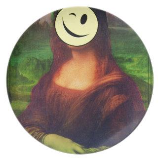 Wellcoda Mona Lisa Smile Face Funny Emoji Dinner Plates
