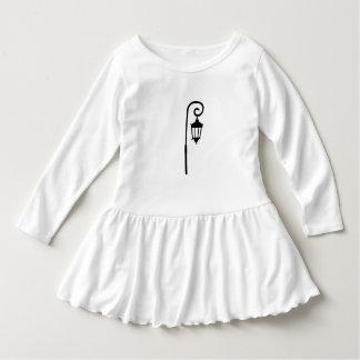 Wellesley College Kids Dress Lamppost Design