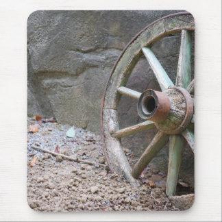 western wagon wheel mouse pad