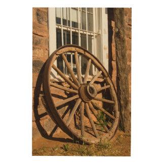 Western Wagon Wheel Wood Wall Art