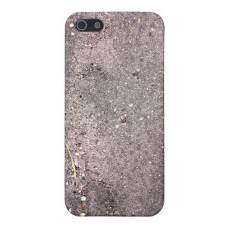 Wet cement with wet sand and pebbles iPhone 5 cover