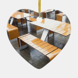 Wet tables outdoor cafe ceramic heart decoration