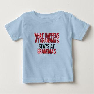 """""""What happens at Grandmas"""" T-Shirt"""