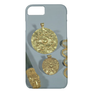 Whetstone and rings with granulated decoration, Su iPhone 7 Case