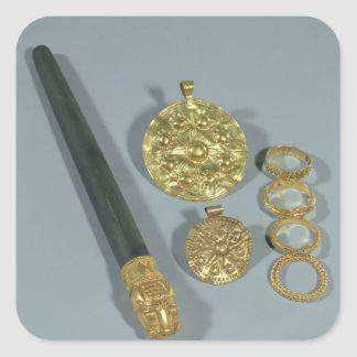 Whetstone and rings with granulated decoration, Su Stickers