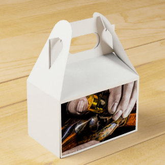 Whiskey Shot Party Favour Boxes
