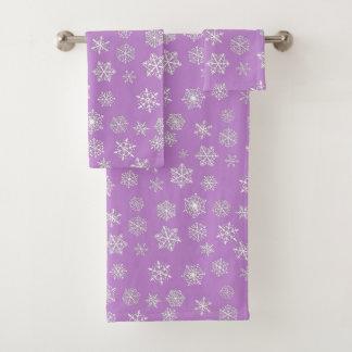 White 3-d snowflakes on a lilac background bath towel set