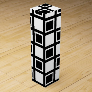 White and Black Squares Wine Gift Box