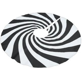 White and Black Starburst Twirl Brushed Polyester Tree Skirt