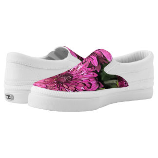 White and Deep Red Carnations Slip-On Shoes