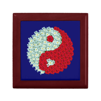 White and Red Roses Yin Yang Gift Box