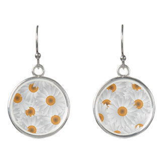 White Chamomile Flower Pattern Earrings