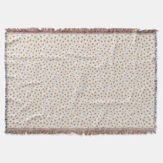 White Chamomile Flower Pattern Throw Blanket