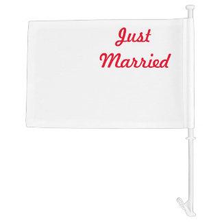 White Clapboard Car Flag