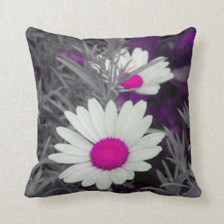 White Daisies (w/Pink) Throw Pillow 2 sided
