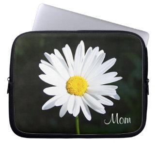 """White Daisy Flower """"Mom"""" Laptop Sleeve"""