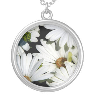 White Daisy Flowers Silver Plated Necklace