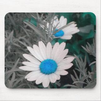 White Daisy (w Blue) mousepad