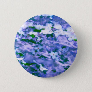 White Dogwood Blossom in Blue 6 Cm Round Badge